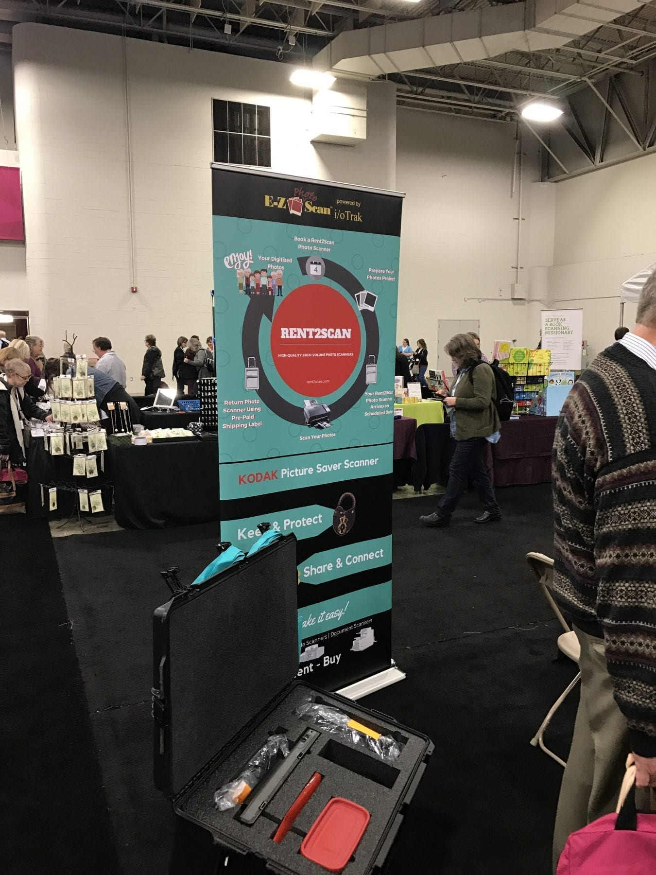 E-Z-Photo Scan at RootsTech 2017